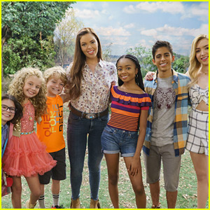 bunkd-new-cast-pic-season-three.jpg